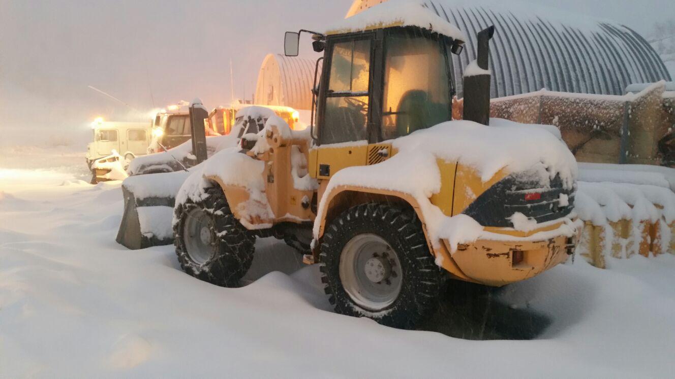 פינוי שלג. צילום: דוברות האתר