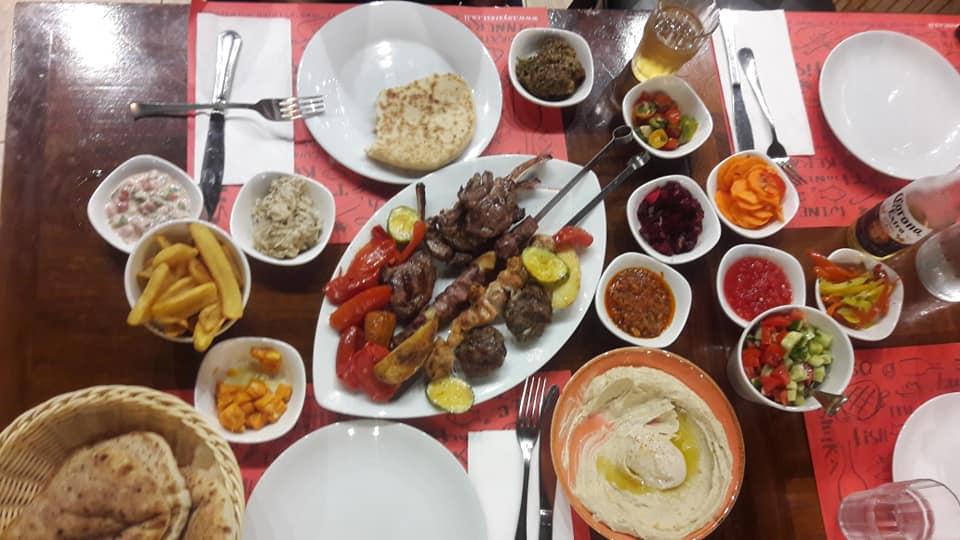 ארוחת מלכים בזויה. צילום: ישראל ניוז